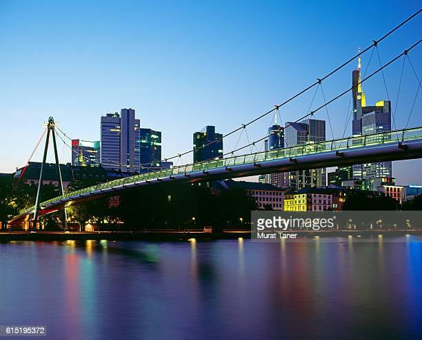 Holbeinsteg Bridge and Frankfurt Skyline