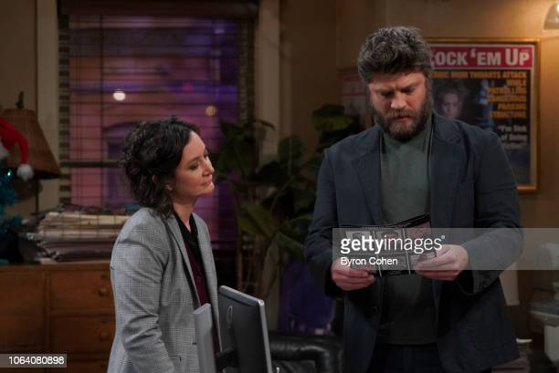 THE CONNERS Hold the Salt Dan questions Peter's motives when he learns about the pricey Christmas gift that Jackie purchased for her new unemployed...