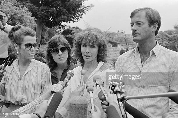 Holding hands outside the Fonda home 8/12 Shirlee Fonda flanked by LR Jane Amy and Peter speaks to reporters She told them that Henry Fonda woke up...