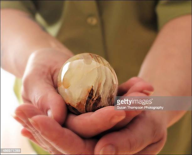 holding the egg - chatham new york state stock pictures, royalty-free photos & images