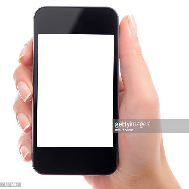 Sosteniendo en blanco teléfono inteligente con pantalla