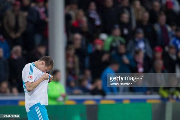 Holger Badstuber of Schalke reacts during the Bundesliga match between SC Freiburg and FC Schalke 04 at SchwarzwaldStadion on May 7 2017 in Freiburg...