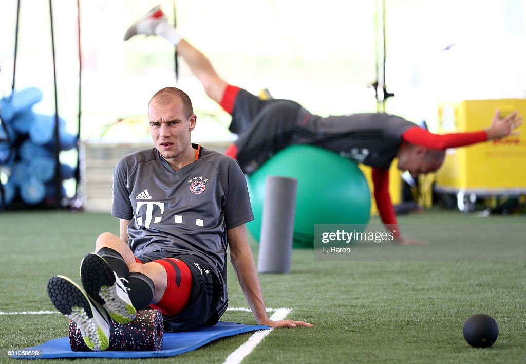 Holger Badstuber warms up in the gym during a training session at day 4 of the Bayern Muenchen training camp at Aspire Academy on January 6, 2017 in Doha, Qatar.
