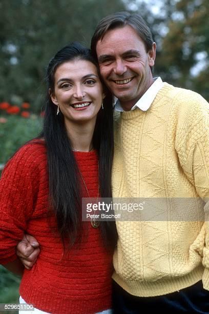 Holger Petzold, Ehefrau Maria Antonia Petzold, Homestory am in einem Dorf bei M��nchen, Deutschland.