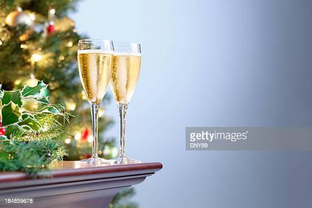 vacanza champagne - brindisi capodanno foto e immagini stock