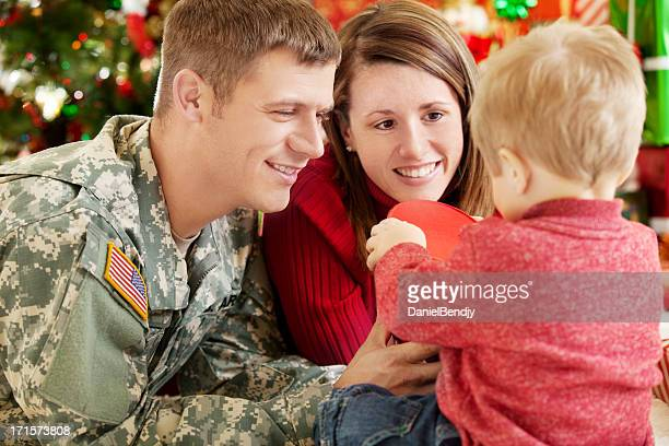 holiday military family portrait - army christmas stock pictures, royalty-free photos & images