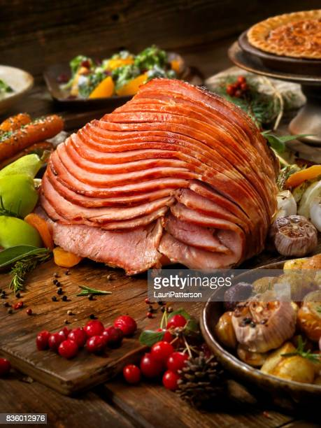 holiday spiral ham dinner - ham stock pictures, royalty-free photos & images