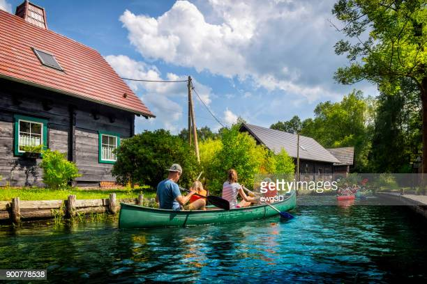 holiday spreewald cruise in lübbenau/lehde, germany - spreewald imagens e fotografias de stock