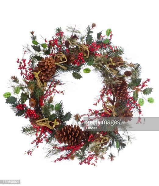 couronne florale (xxl) fêtes de fin d'année - houx photos et images de collection