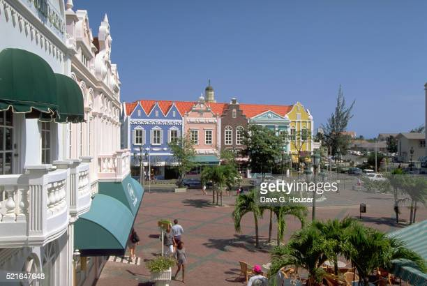 holland aruba mall - oranjestad stockfoto's en -beelden
