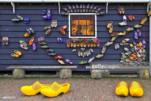 Holland clog