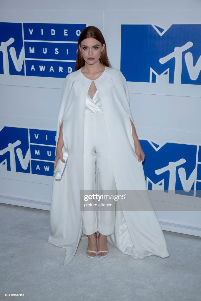 2016 MTV Video Music Awards - Arrivals Pictures | Getty Images