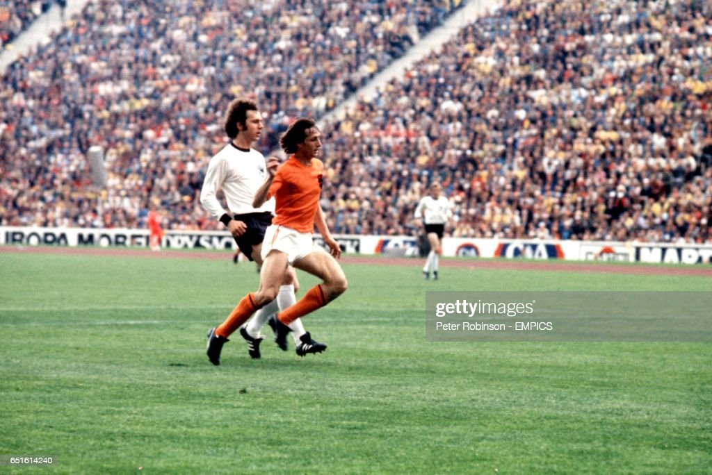 Soccer - World Cup West Germany 74 - Final - West Germany v Holland : News Photo