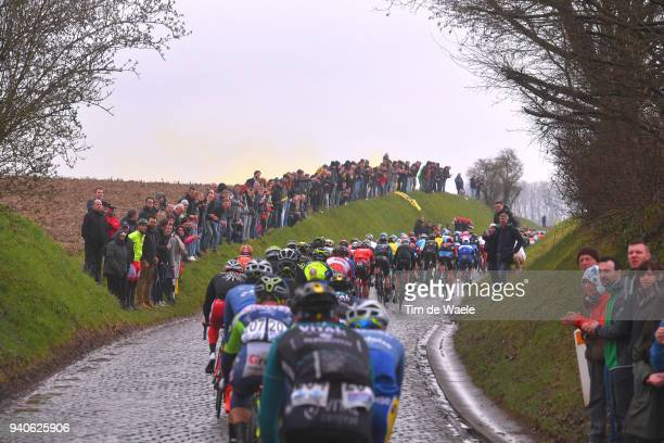 Holleweg / Peloton / Fans / Public / during the 102nd Tour of Flanders 2018 - Ronde Van Vlaanderen a 264,7km race from Antwerpen to Oudenaarde on...
