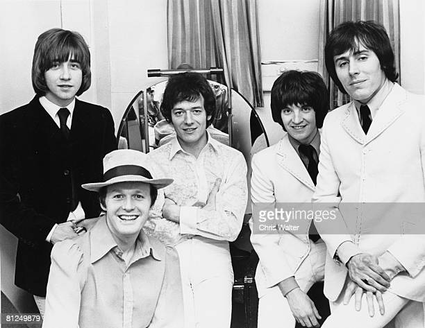 Hollies 1969 with Terry Sylvester