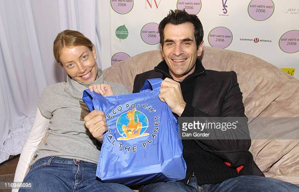 Holly Burrell and Ty Burrell of Out of Practice withy Eco Pouch at East Meets West Virtual Spa