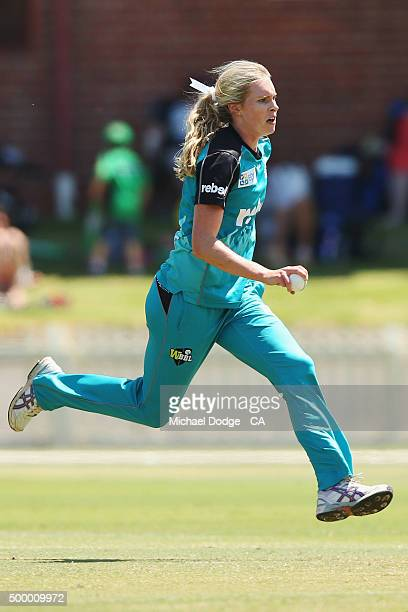 Holly Ferling of the Heat bowls during the Women's Big Bash League match between the Melbourne Stars and the Brisbane Heat at Junction Oval on...