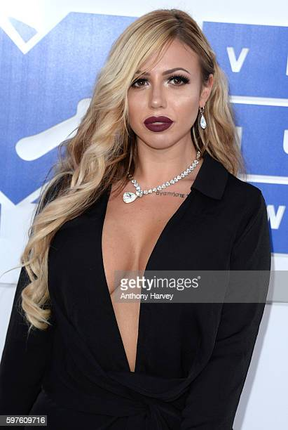 Holly Hagan attends the 2016 MTV Video Music Awards at Madison Square Garden on August 28 2016 in New York City