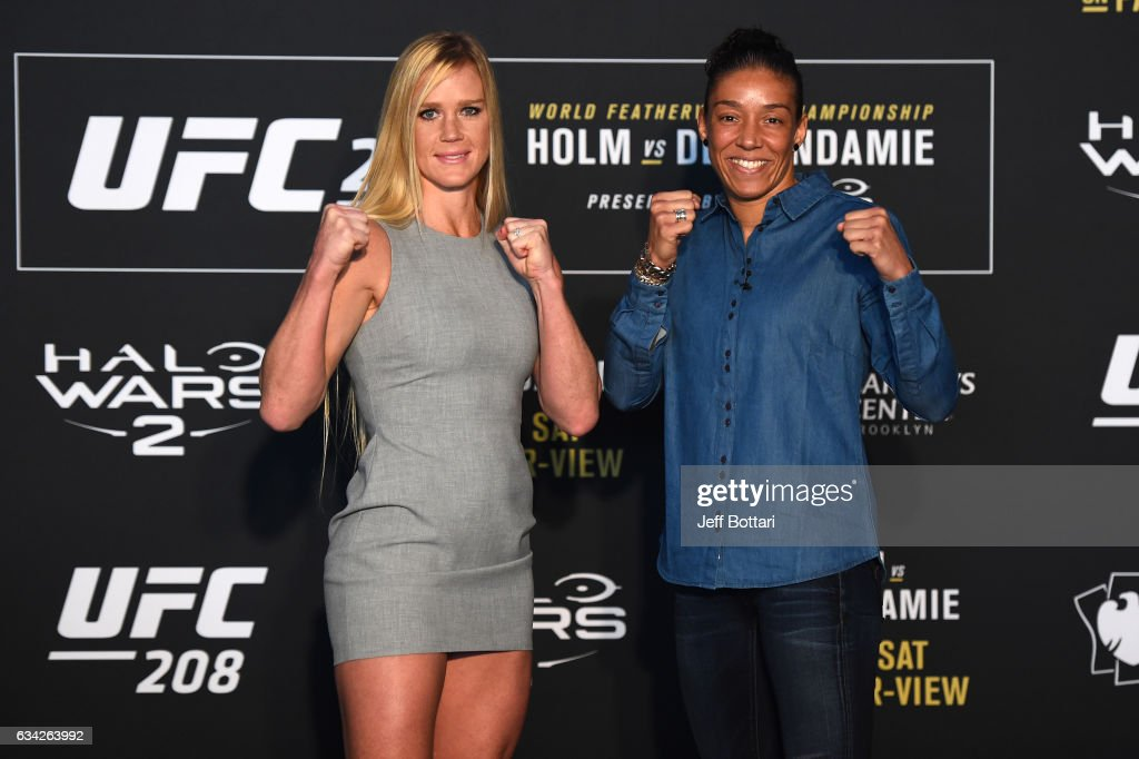 UFC 208 Ultimate Media Day : News Photo