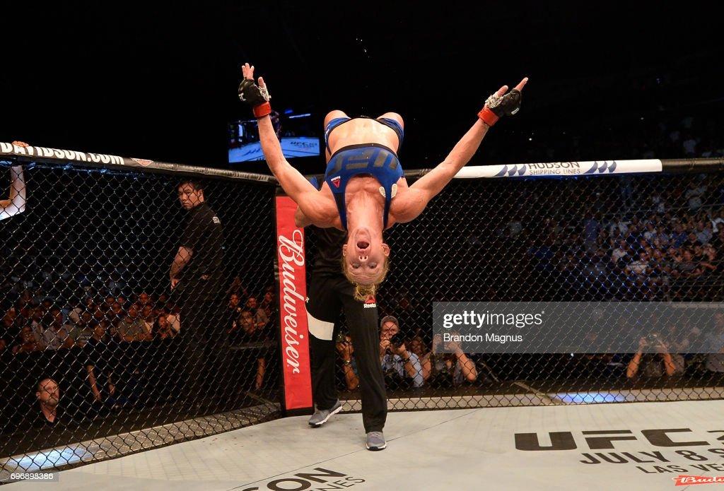 UFC Fight Night: Holm v Correia : ニュース写真