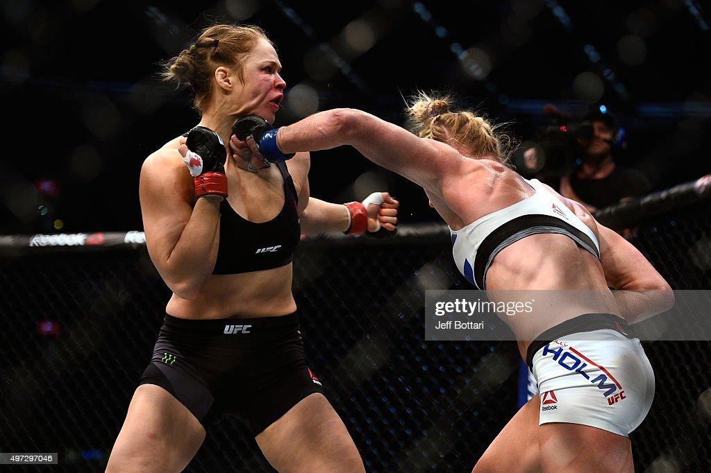 UFC 193: Rousey v Holm : News Photo