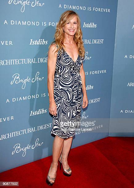 """Holly Hunter arrives at the Los Angeles premiere of """"Bright Star"""" at the ArcLight Hollywood on September 16, 2009 in Hollywood, California."""