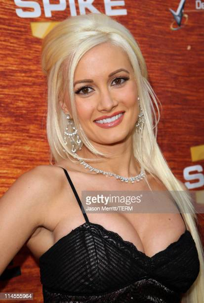 Holly Madison arrives to Spike TV's 2nd Annual Guys Choice Awards at Sony Studios on May 30 2008 in Culver City California