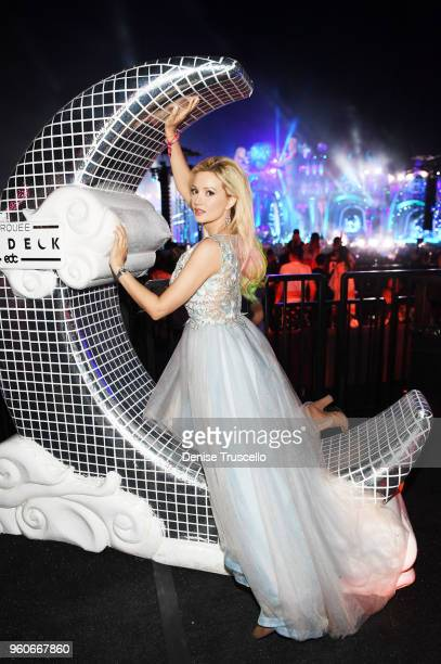 Holly Madison attends day two of Electric Daisy Carnival 2018 on May 19 2018 in Las Vegas Nevada