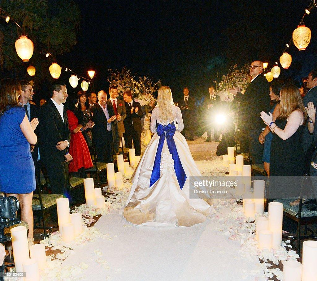 Holly Madison Wedding.Holly Madison Walks Down The Isle During Her Wedding At Disneyland