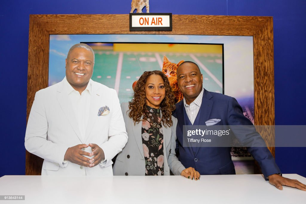Holly Robinson Peete and Rodney Peete at Kitten Bowl Live Presented by Hallmark Channel at Super Bowl Live