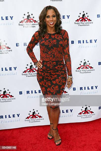 Holly Robinson Peete arrives at the 7th Annual Big Fighters Big Cause Charity Boxing Night Benefiting The Sugar Ray Leonard Foundation at The Ray...