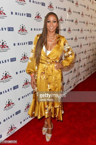 Holly Robinson Peete attends Sugar Ray Leonard Foundation's 10th Annual 'Big Fighters Big Cause' Charity Boxing Night Presented by B Riley FBR at The...