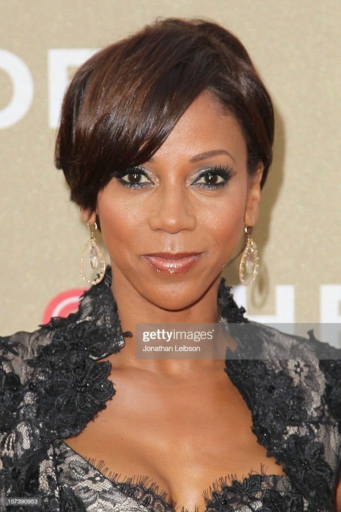 Holly Robinson Peete attends the CNN Heroes: An All-Star Tribute - Arrivals at The Shrine Auditorium on December 2, 2012 in Los Angeles, California.