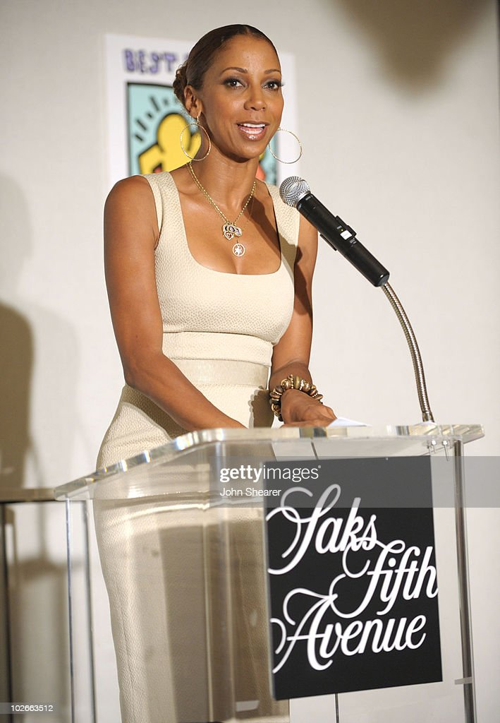 Holly Robinson Peete attends the 'Saks Fifth Avenue And Best Buddies California Father's Day Honors' event at Saks Fifth Avenue Beverly Hills on June 15, 2010 in Beverly Hills, California.