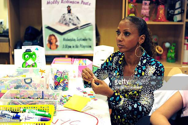 Holly Robinson Peete visits the Ronald McDonald House on September 9 2009 in New York City
