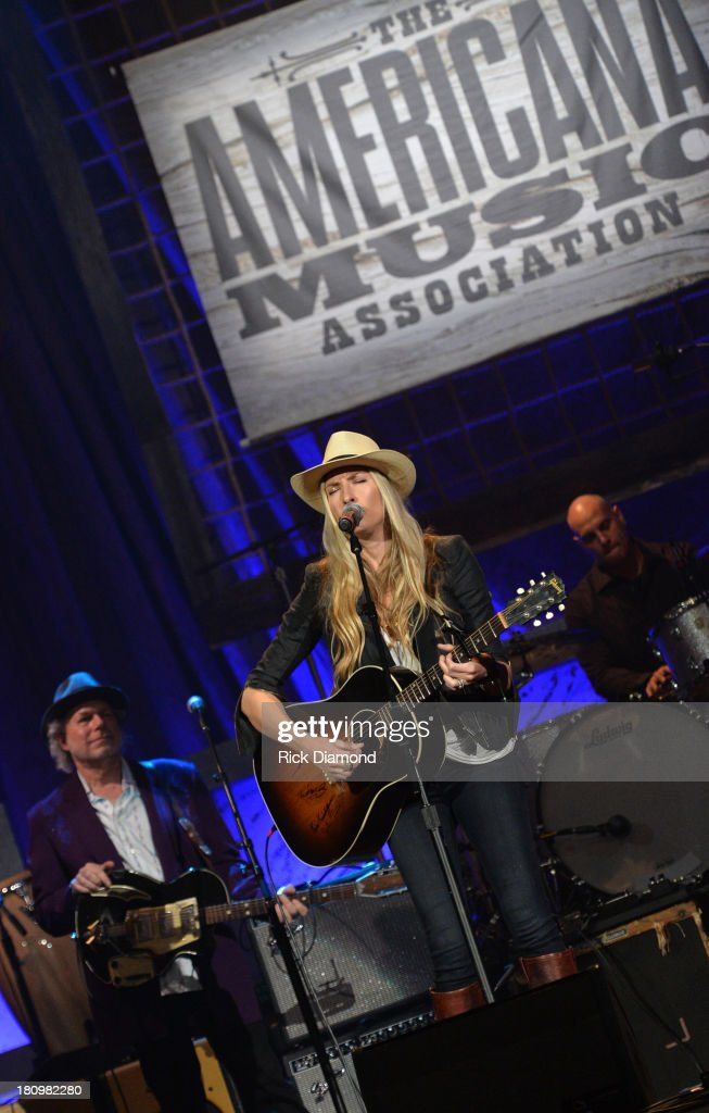 Holly Williams performs at the 12th Annual Americana Music Honors And Awards Ceremony Presented By Nissan on September 18, 2013 in Nashville, Tennessee.