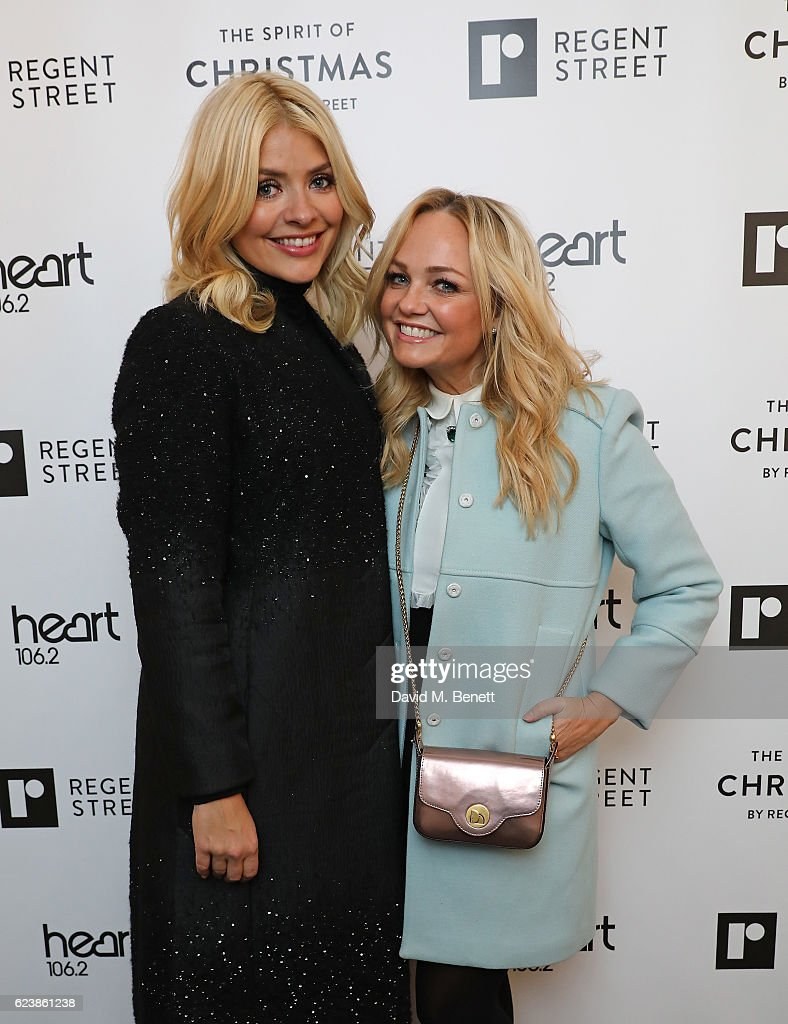 Holly Willoughby Switches On The Regent Street Christmas Lights 2016 : ニュース写真