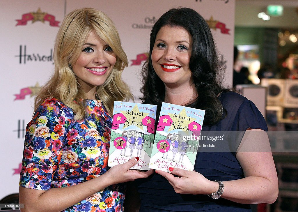 Holly & Kelly Willoughby Book Signing : News Photo