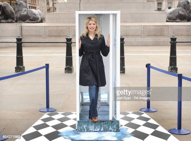 Holly Willoughby callS on the nation to take the Ariel 3 Minute Shower Challenge for World Water Day on Saturday 22 March 2008
