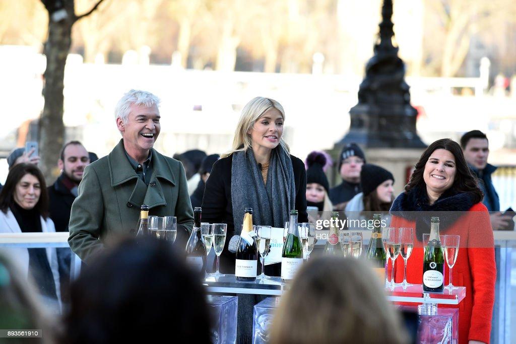 London Celebrity Sightings -  December 15, 2017 : News Photo