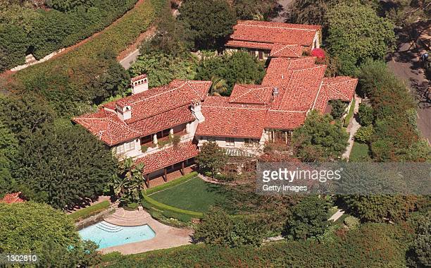 Hollywood actress Meg Ryan has just purchased an eight million dollar home October 17 2000 in Bel Aire CA The 7000 square foot house has five...