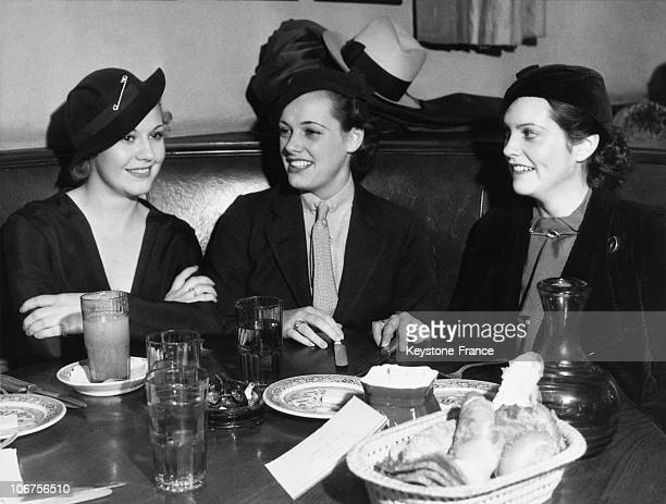 Hollywood Brown Derby Ginger Rogers Eleanor Holm And Sandra Shaw Having Lunch 1930'S