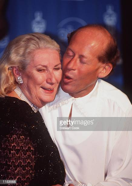 Hollywood CA David Helfgott kisses his wife Gillian backstage at the 1997 Academy Awards Photo by Stewart Cook Online USA Inc