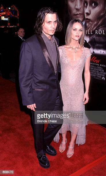 Hollywood CA Johnny Depp with his girlfriend Vanessa Paradis at the Los Angeles premiere of his new movie Sleepy Hollow Photo by Brenda Chase Online...