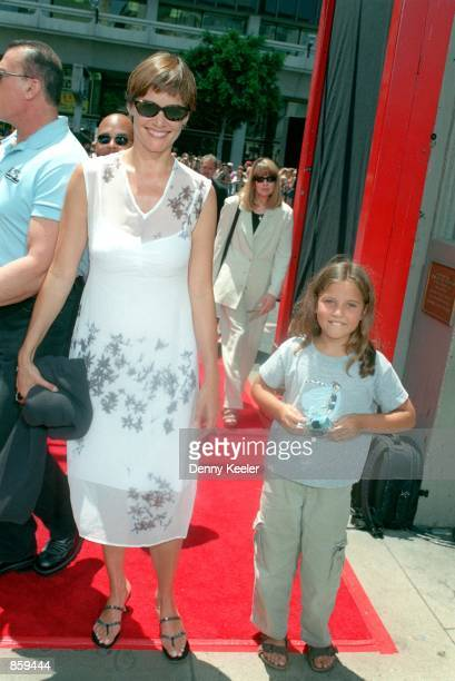 Carey lowell family fotografas e imgenes de stock getty images hollywood ca richard geres girlfriend carey lowell and her daughter at the hand footprints ceremony honoring voltagebd Choice Image