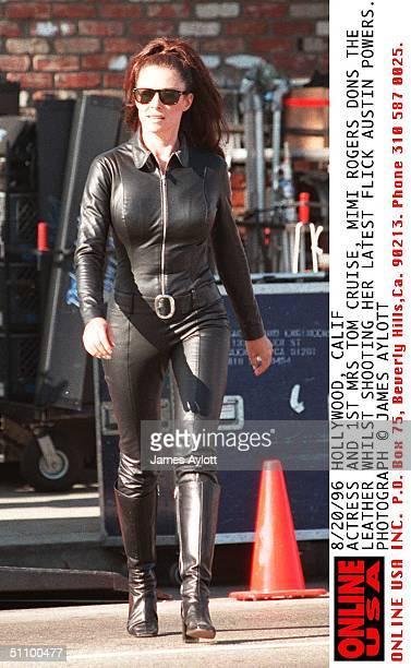 Hollywood Calif Actress And 1St Mrs Tom Cruise Mimi Rogers Dons The Leather Whilst Shooting Her Latest Flick Austin Powers