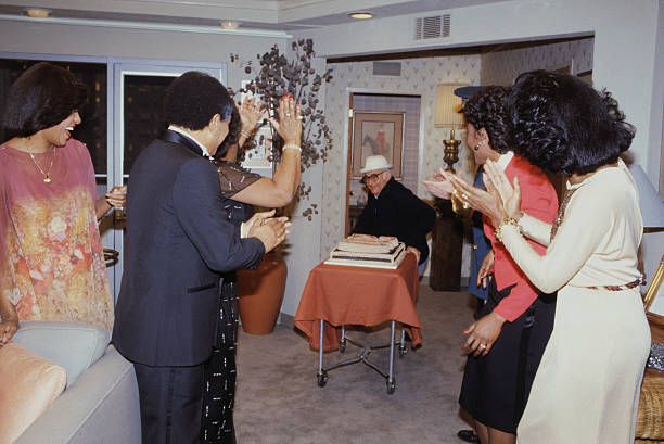 Producer and Cast of The Jeffersons Celebrating Their 200th Episode ...