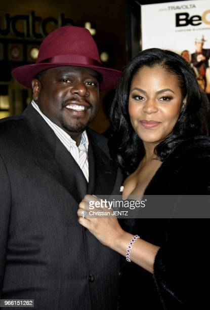Hollywood Cedric The Entertainer and wife Lorna attend the Los Angeles Premiere of Be Cool held at the Grauman's Cinese Theater in Hollywood...