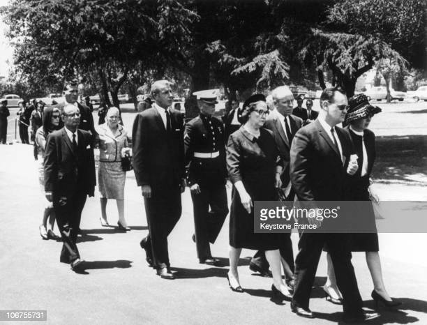 Hollywood Marilyn Monroe S Funeral August 1962