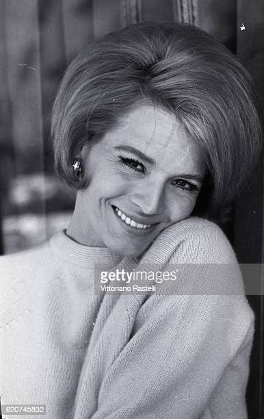 Hollywood USA on April 6 1967 The US actress Angie Dickinson